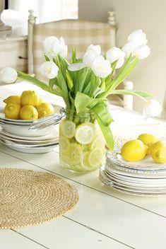 lemons + tulips + mason jar = charm