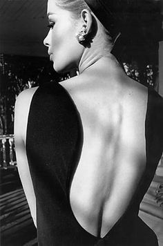Love this photo.  In searching for The Thomas Crown Affair, I found this image, Astrid's Back, Palm Beach, 1964 by Jeanloup Sieff.