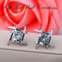 Crystal Stud Earrings (Silver/Gold) On line Orders: https://www.offthewallcreations.co.za/collections/electric-earrings/products/crystal-stud-earrings-silver-gold Price Tag: R 180
