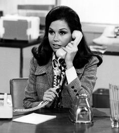 Mary Tyler Moore:  60s fashion icon