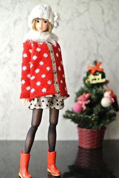 momoko holiday red  coat