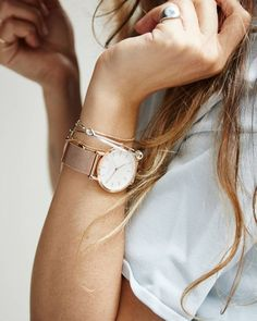 love my new Rosefield watch, its so simple, elegant yet stunning! goes perfect with any outfit Simple Watches, Elegant Watches, Stylish Watches, Luxury Watches For Men, Cool Watches, Gold Watches Women, Rose Gold Watches, Silver Watches, Woman Watches