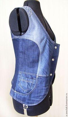 Жилетка джинсовая. Handmade.: