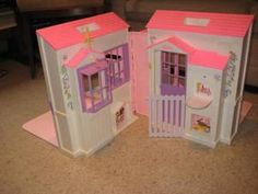 barbie folding house