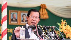 FILE - Prime Minister Hun Sen speaks on Tuesday, September 20, 2016 during the inauguration of first-Japanese private hospital Sunrise in Phnom Penh's Chroy Changva district. ( Leng Len/VOA Khmer)
