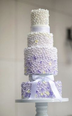 Wedding cake idea; Featured photographer: Maru Photography; Cake: Cake by Nicole