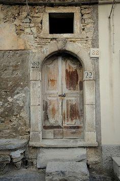 Montelapiano, Abruzzo - Vecchio Portone