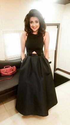 Tunics, Blouses, Kurta Style, Neha Kakkar, Senior Girl Poses, Beautiful Bollywood Actress, Alia Bhatt, Indian Designer Wear, Lehenga Choli