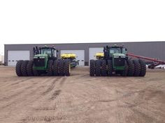 John Deere Series Tractors Lots of rubber! Big Tractors, John Deere Tractors, John Deere Equipment, Heavy Equipment, John Deere Combine, Crop Protection, Bad To The Bone, Down On The Farm, Country Farm