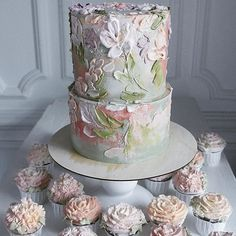 Image may contain: plant, indoor and food Beautiful Cake Designs, Beautiful Cakes, Amazing Cakes, Buttercream Ruffles, Buttercream Cake Decorating, Gold Leaf Cakes, Butter Icing, Painted Cakes, Floral Cake
