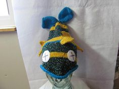 I must have knitted about 10 of these dead fish hats!