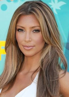 20 Hairstyles for Layered Hair   herinterest.com