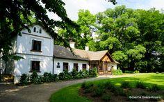 Dworek Marii Konopnickiej w Żarnowcu. Manor Houses, Castles, Poland, Mario, Architecture, House Styles, Building, Travel, Beautiful