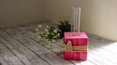 Onlineshop Kräuter-Manufaktur - Karin Bleil - Holzwürfel Vase rose-red mit Herz