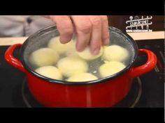 Laci bácsi konyhája Aszalt szilvás túrógombóc www.szakacsnet.hu Cook Books, Meals, Make It Yourself, Cooking, Ethnic Recipes, Youtube, Food, Kitchen, Meal