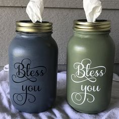 DIY Bless You Mason Jar Tissue Dispenser — Day to Day Adventures I have a confession to make. Mason jars are my addiction. I can't NOT buy them at a garage sale. My daughter says that I have Mason Jar Projects, Mason Jar Crafts, Diy Home Decor Projects, Diy Projects To Try, Diy Projects Fun, Diy Crafts Home, Craft Ideas, Sewing Projects, Decor Ideas