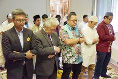 KBRI/PTRI Wina mengadakan acara Sholat Idul Adha bersama masyarakat Indonesia di gedung KBRI/PTRI Wina, Selasa, 21 Agustus 2018 tepat pukul 09.00 waktu setempat... 21st, Couple Photos, Couples, Couple Shots, Couple Photography, Couple, Couple Pictures