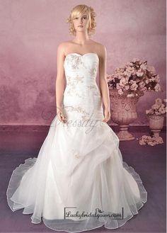 Beautiful Exquisite Elegant Satin A-line Wedding Dress In Great Handwork