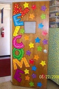 Welcome Back To School Classroom Door Decoration Idea. The stars of grade. School Displays, Classroom Displays, Classroom Themes, Owl Classroom, Classroom Setting, Classroom Design, Decoration Creche, School Doors, Welcome Back To School