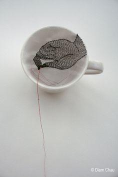 Hand / Porcelain cup, silk, thread - Diem Chau