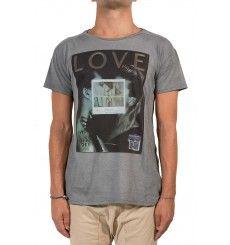 keyhole vende e produce t-shirts e felpe da uomo stampate - keyholelab.com official store