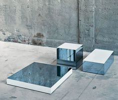 Interesting for jewelry display. Original pieces by Piero Lissoni coffee table