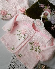"""Pattern description from Vogue Knitting, Spring/Summer """"'I designed this sweater nine years ago, when I was expecting my second baby, my first and only gi Knit Baby Sweaters, Baby Hats Knitting, Knitting For Kids, Crochet For Kids, Sewing For Kids, Baby Knitting Patterns, Baby Patterns, Crochet Baby, Knit Crochet"""