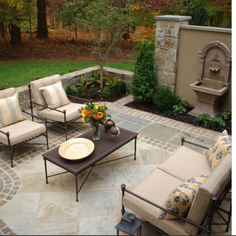 Enjoy outdoor living and create a relaxing atmosphere with very creative patio ideas. Imagine a backyard with an inviting patio […] Terrasse Design, Diy Terrasse, Patio Design, Exterior Design, Floor Design, Garden Design, Wall Design, Wall Exterior, Firepit Design