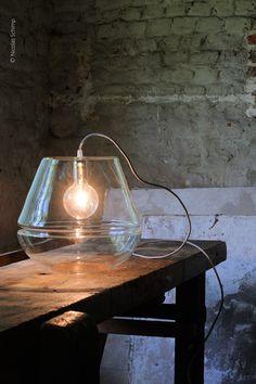 LAMPADA DA TAVOLO IN VETRO 3 X 3 X 3   LAMPADA DA TAVOLO IN VETRO   HIND RABII