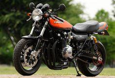 Kawasaki Z 1000 Kawasaki Motorcycles, Cool Motorcycles, Scooters, Z 1000, Moto Car, Retro Bike, Drag Bike, Cafe Racing, Japanese Motorcycle