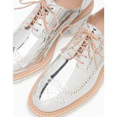 Metallised brogues with heel - ALL - WOMAN | Stradivarius Ukraine via Polyvore featuring shoes, oxfords, balmoral oxfords, balmoral shoes, brogue oxford, oxford shoes и brogue shoes
