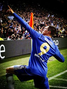 Torres reigning World Cup, European Cup, Champions League and Europa Cup champion. Best Football Players, Sport Football, Soccer Players, Football Jerseys, Chelsea Fans, Chelsea Football, Liverpool, Real Madrid Team, Pier Paolo Pasolini