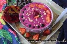 Vocês acreditam que esta delicia de Smoothie de Pitaya no Bowl necessita somente de 10 minutos para fazer? 😉    #Receita aqui: http://www.gulosoesaudavel.com.br/2017/03/14/smoothie-de-pitaya-no-bowl/