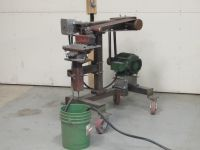 Homemade tube notcher featuring a degree wheel base and utilizing a lathe chuck to secure the workpiece. Homemade Tube, Workshop Organization, Workshop Ideas, Garage Organization, Lathe Chuck, Garage Tools, Steel Plate, Tools And Equipment, Welding Projects