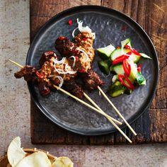 #kip #sate #kipsate #ketjap #ayam #pindasaus #pinda #chicken #foodandfriends #indonesisch #rijsttafel #rawit Beef Recipes, Vegan Recipes, Family Kitchen, Recipe For Mom, Kitchen Recipes, Barbecue, Chicken, Cooking, Ethnic Recipes