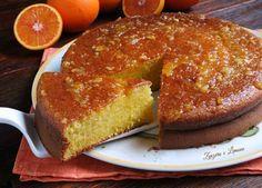 Era da un po' di tempo che avevo in mente di preparare il pan d'arancio, un dolce siciliano che spesso si vede nel web, ma che io non avevo mai assaggiato. Ho notato che ne esistono diverse versioni,