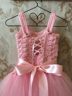 Vestido tutú de la muchacha de flor vestido de cumpleaños por Qt2t                                                                                                                                                      More