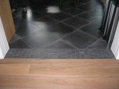 mozaiek tegels als overgang bij de en suite deuren tussen het parket en de tegels (48) Tegelhuys