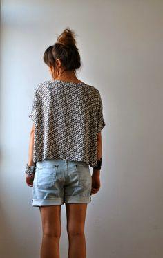 Les Trucs de Tatihou ...: Victor ... Crochet Top, Denim Shorts, Knitting, T Shirt, Sew, Outfits, Collection, Dresses, Chiffon