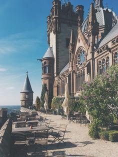 a new travel post Schloss Drachenburg https://fashionablestreets.blogspot.de/2017/06/schloss-drachenburg-travelwithme-day-at.html