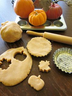 pumpkin pie playdough