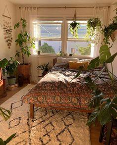 Blue Bedroom Walls, Bedroom Decor, Bedroom Ideas, Uni Room, Dorm Room, Room Goals, Tiny House Design, Dream Rooms, House Rooms