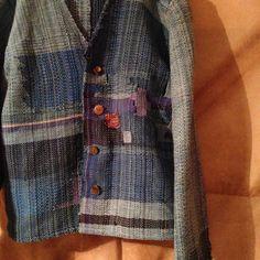 個展DM用の作品がほぼほぼ完成  あとは仕上げに整えて、洗いをかけます  #さをり織り #手織り服 #saoriweaving