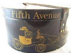 A hat box, from the Victorian Dobbs Fifth Avenue Hat Store. That depicts a carriage on Fifth Ave., from the American Gilded Age era, in New York City. Vintage Hat Boxes, Vintage Suitcases, Vintage Luggage, Vintage Items, Vintage Hats, Vintage Stuff, 1920s Hats, Hat Stores, Types Of Hats
