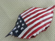 United States Flag Crab Shell Ornament by KrustyKrabsandKrafts on Etsy Crab Painting, Seashell Painting, Seashell Art, Seashell Crafts, Beach Crafts, Rock Painting, Seashell Ornaments, Painted Ornaments, Crab Crafts