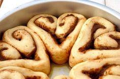 Heart Cinnamon Rolls [RECIPE]