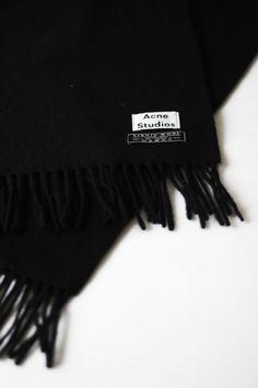 Acne Studios Canada Scarf in black