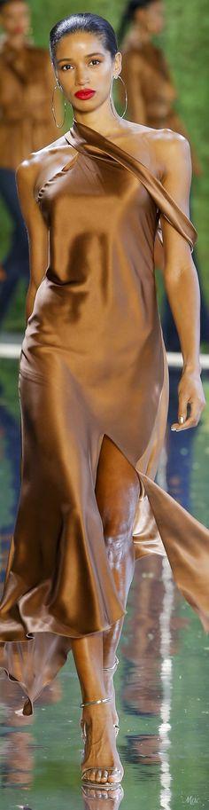 Cushnie Spring-summer 2019 Ready-to-Wear Couture Fashion, Runway Fashion, Fashion Models, Spring Fashion, High Fashion, Cushnie Et Ochs, Signature Look, Supermodels, Knitwear