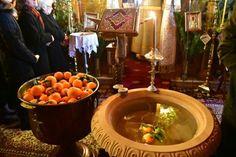 Με πορτοκάλια ο Αγιασμός των υδάτων στο Άργος  ΦΩΤΟ