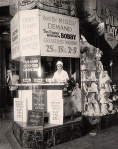 "Vintage Donut Shop ""Don't Be Misled - Demand The Original 'Brown Bobby' Greaseless Doughnut - 25 Cents A Dozen - 2 For A Nickel"" Vintage Photographs, Vintage Photos, Vintage Ads, Vintage Stores, Vintage India, Vintage Type, Vintage Postcards, Vintage Advertisements, Old Pictures"